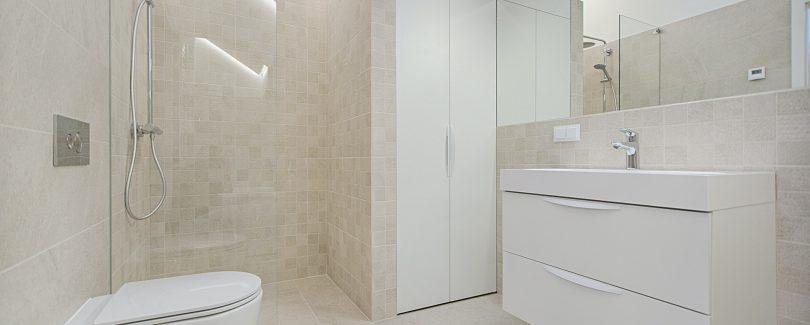 Top des conseils pour décorer une salle de bain sans fenêtre