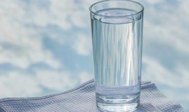Boire beaucoup d'eau est essentiel.