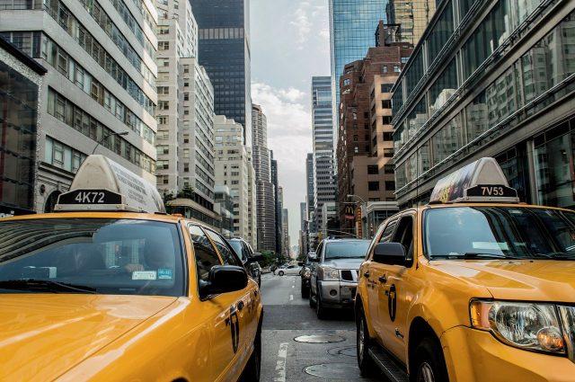 Les avantages de se déplacer en taxi pour les étudiants
